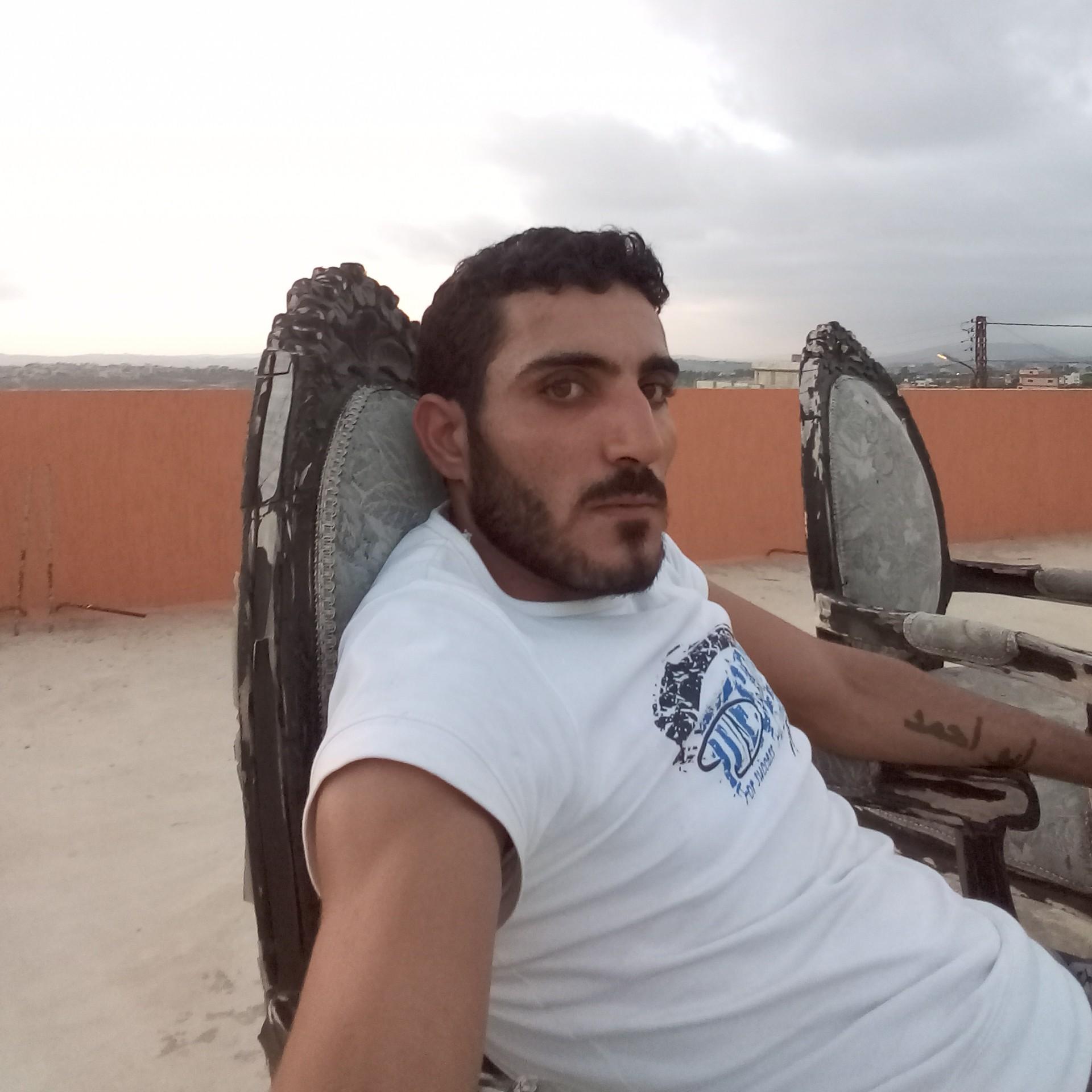 علي ابو احمد
